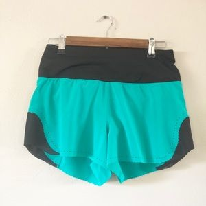 Lululemon black and green athletic shorts